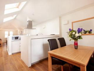 The City Penthouse Apartment - London vacation rentals
