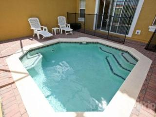 Charming Encantada Condo with a Gym, Pool and Jacuzzi - Lake Buena Vista vacation rentals