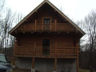 Tiffanys Haven/  Rent home weekend 335.00 summer - White Haven vacation rentals