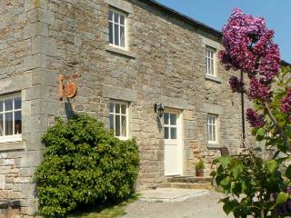 THE COTE, stone cottage, beautiful views, rural location, walks from door in Staindrop, Ref 16414 - Allenheads vacation rentals