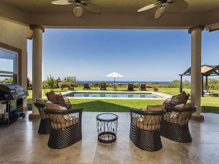 Magnificent Ocean Views, Pool, Walk to Beach, Surrounded by Fruit Orchards - Kailua-Kona vacation rentals