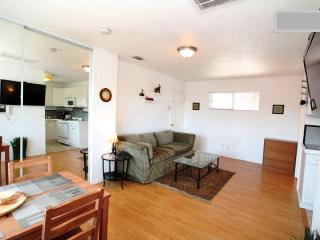 Studio quiet, private by Gaslamp, Convention, Zoo - Pacific Beach vacation rentals
