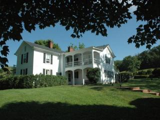 Elegant Jefferson-era Farmhouse - Charlottesville - Central Virginia vacation rentals