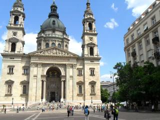 Quiet Hideaway On St Steven Square - Budapest vacation rentals