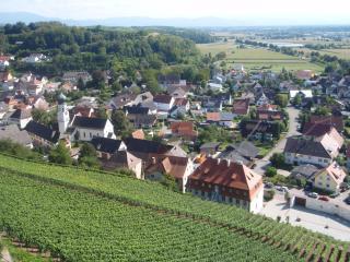 Ferienwohnung im alten Schlossgarten - Kenzingen vacation rentals