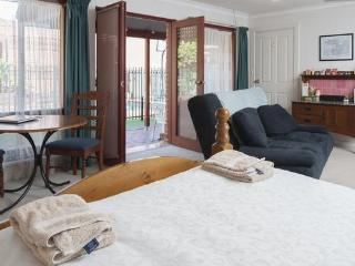 Magill Accommodation, Adelaide, B&B Appartment - Dawesley vacation rentals