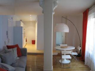 Apartment in Gran Vía Madrid city center - Madrid vacation rentals