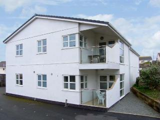 TIDES, minute from sandy beach, ground floor accommodation, enclosed patio, village location, Ref 14479 - Benllech vacation rentals