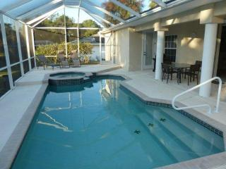 Cozy 3 bedroom House in Lehigh Acres with Internet Access - Lehigh Acres vacation rentals