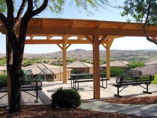 Eagle's Nest: Sunrise-to-Sunset Views, End-Unit - Mesquite vacation rentals