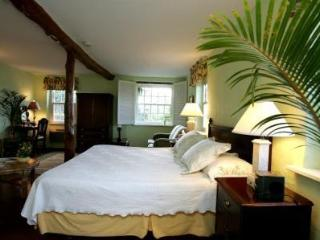 Granaway - your home in Bermuda - B&B with style - Warwick vacation rentals