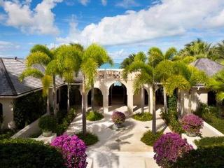 Luxury 8 bedroom Antigua villa. Exclusive Caribbean Resort - Antigua vacation rentals
