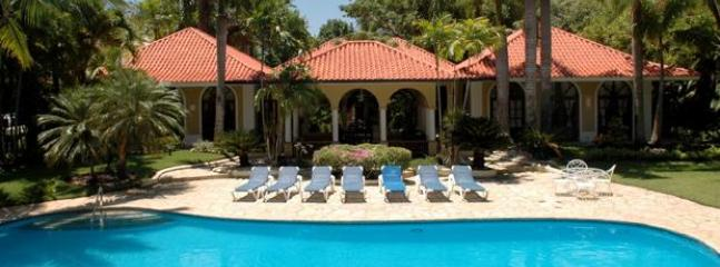 5 Bedroom Luxury Villa inside SeaHorse Ranch - Image 1 - Sosua - rentals