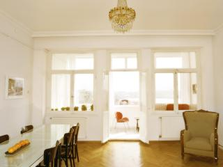 Breathtaking Golden Horn view- Living Istanbul - Istanbul vacation rentals