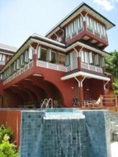 House of a thousand windows - Luxurious 5 bedroom Retreat with Open Courtyard! - Tobago - rentals