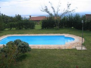 La Sayuela B&B - Navarredonda de Gredos vacation rentals