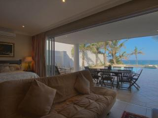Seashelles B Umhlanga Beach View Apartment - Umhlanga Rocks vacation rentals