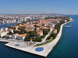 ZADAR Ancient town 70m2 in the centre! - Zadar vacation rentals