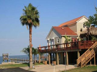 Gorgeous Vacation Rentals Home in Kemah, Texas - Texas Gulf Coast Region vacation rentals