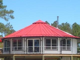 New Bern Round House! River View Treetop Vacation! - New Bern vacation rentals