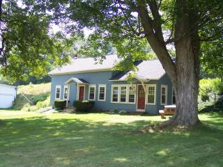 Country Farmhouse along the Catskill Scenic Trail - Hobart vacation rentals