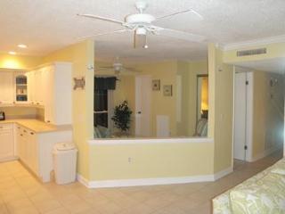 3 bedroom/2 bathroom remodelled waterfront condo - Madeira Beach vacation rentals