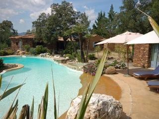 Beautiful stone-built villa, golf of Saint-tropez - Cogolin vacation rentals