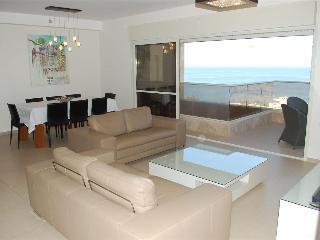 Royal Residence - 2 Bedroom Apartment with Pool, South Beach Netanya - PK01KP - Netanya vacation rentals
