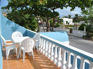 Newly renovated 2 bdrm, 2 ba, 2nd flr breezy apt 1 blk to beach, 4 to town - Puerto Morelos vacation rentals