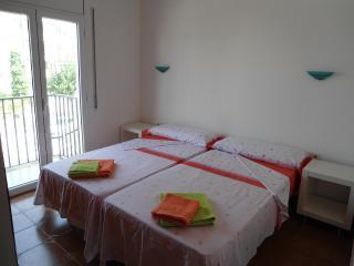 Las orquideas 6 Beds Nice Central Apartment - Sitges vacation rentals