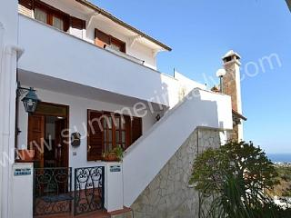 Bright House with Dishwasher and A/C in Ischia - Ischia vacation rentals