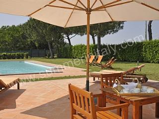 Bright 4 bedroom House in Magliano Sabina with Deck - Magliano Sabina vacation rentals