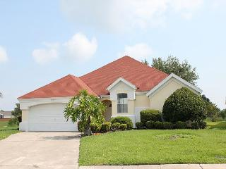 Spacious vacation home with private pool, flat screen TV and free Wi-Fi - Kissimmee vacation rentals