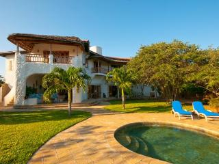 Suni House - 4 Bedroom, 2nd Row Watamu Home - Watamu vacation rentals