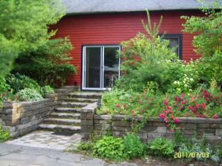 Maya's Garden House - Berkshires vacation rentals