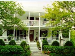 A home for discerning guests - Langdon House Bed and Breakfast - Beaufort - rentals