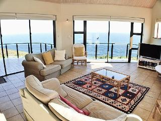 Bright Mossel Bay vacation Villa with Deck - Mossel Bay vacation rentals