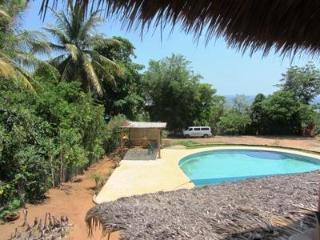 Casa de los Gatos- 2 bedrooms Great ocean views - Puerto Escondido vacation rentals