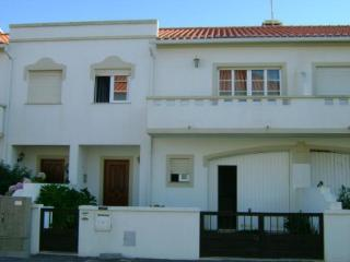 Baleal Holiday House - Peniche vacation rentals