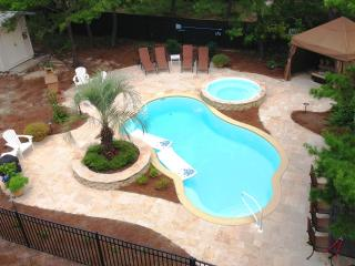 'Gone Gulfing', Private Pool & Spa, 4 Ensuite BRs - Santa Rosa Beach vacation rentals