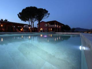 "Borgo San Giuliano, apartment ""Il Padrone"" in charming villa - Grosseto vacation rentals"
