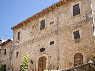 4 bedrooms in ancient house,Navelli,center Italy - Roccacasale vacation rentals
