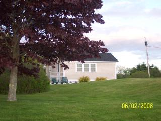 Maine Ocean Front 2 Bedroom Cottage - Tenants Harbor vacation rentals