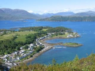 Bright House with Satellite Or Cable TV and Cleaning Service in Plockton - Plockton vacation rentals