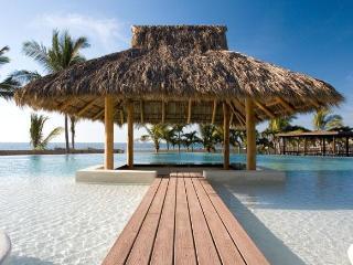 Ocean Front luxury 3 BDR condo Puerto Vallarta - Puerto Vallarta vacation rentals