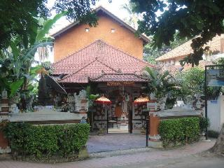 Villa Rindik - Ocean Front, In Town, Private Pool - Candidasa vacation rentals