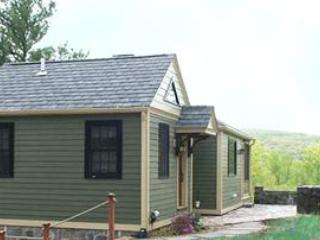 Cozy 2 bedroom Cottage in Haddam with Internet Access - Haddam vacation rentals