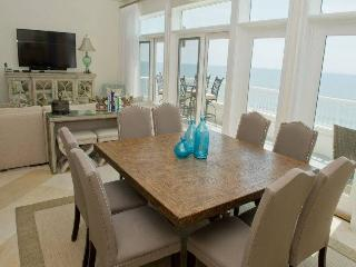 Spacious Condo with Internet Access and Shared Outdoor Pool - Indian Beach vacation rentals