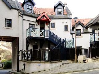 3 bedroom Condo with Internet Access in Edinburgh - Edinburgh vacation rentals