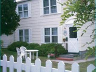 Cutty Sark Historic Beach Duplex Down / Duplex Up - Virginia Beach vacation rentals